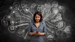 Mundo 2.0: Las mujeres dominan las Redes Sociales (Infografía)
