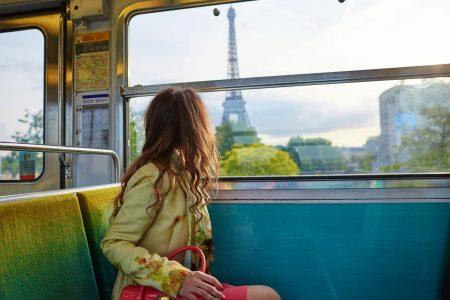 Mujer en tren