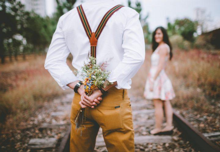 """""""Si estás enamorado, ¡no te cases!"""", el video que arrasa en redes sociales"""