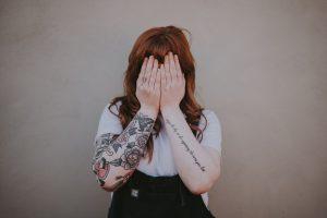 Qué es el síndrome del impostor y cómo decirle adiós